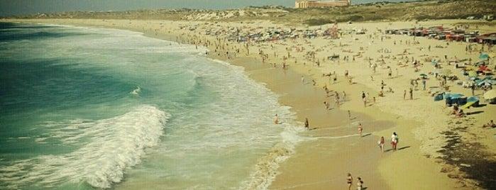 Praia da Consolação is one of Tempat yang Disukai Joao.
