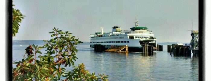 Edmonds-Kingston Ferry is one of Locais curtidos por Stephen.