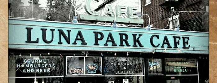 Luna Park Cafe is one of Seattle.