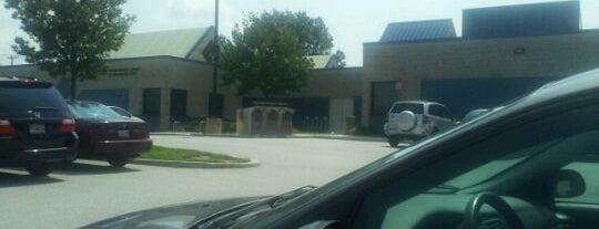Howard County Library - Elkridge Branch is one of Robert : понравившиеся места.