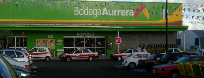 "Bodega Aurrera ""Las trancas"" is one of Karen M. 님이 좋아한 장소."