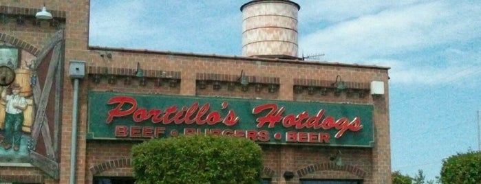 Portillo's is one of Steve's Saved Places.