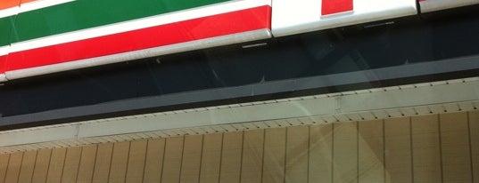 7-Eleven is one of Posti che sono piaciuti a Skip.