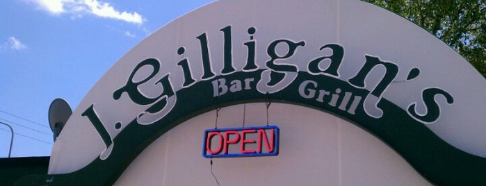J. Gilligan's Bar & Grill is one of Food Paradise.