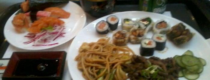 Aki Healthy Food is one of Orte, die Silvana gefallen.