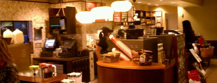 Starbucks is one of Lugares favoritos de Jeanette.