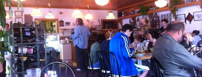 Yiasou Cafe is one of Sulliva.