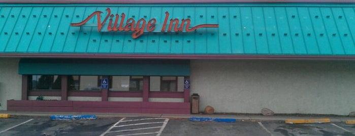 Village Inn is one of สถานที่ที่ Grant ถูกใจ.