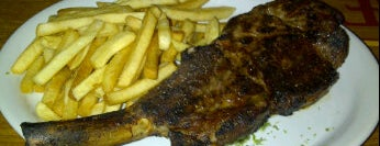 Roadhouse Grill is one of Restaurantes em Brasília #1.
