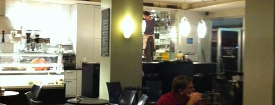 Stoffero Café & Bar is one of mamma.