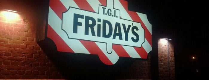 T.G.I. Friday's is one of Almuerzo.