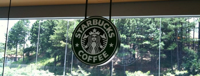Starbucks is one of Cris 님이 좋아한 장소.