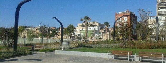 Plaça de Pompeu Fabra is one of Lugares favoritos de Peter.