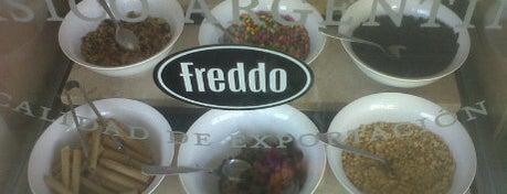 Freddo is one of Tempat yang Disukai Santiago.