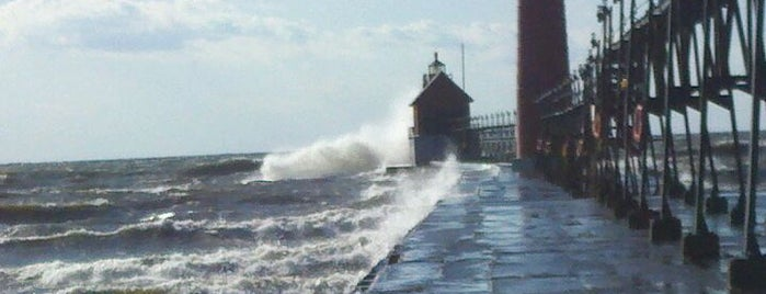 Grand Haven South Pier is one of 2016 GR.