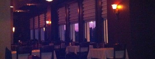 Black & Tan Grille is one of สถานที่ที่ Stefano ถูกใจ.