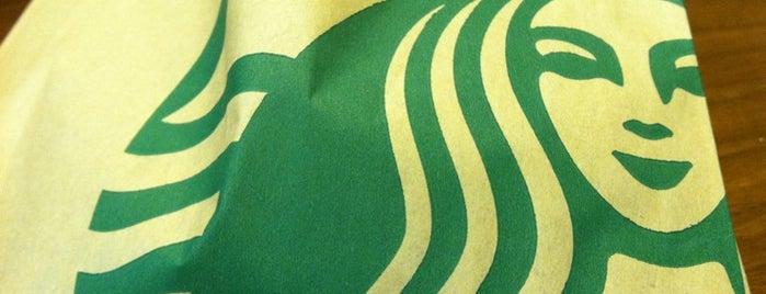 Starbucks is one of Christinaさんのお気に入りスポット.