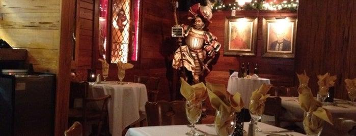 Tosi's Restaurant is one of Gespeicherte Orte von Lily.
