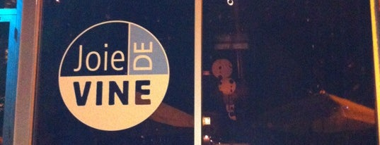 Joie de Vine is one of Chicago Magazine's 100 Best bars 2013.