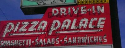Pizza Palace is one of DIners, Drive-Ins & Dives 5.