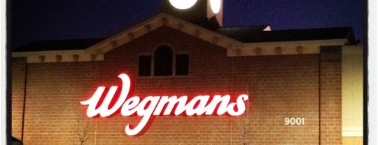 Wegmans is one of Lugares favoritos de Shelly.