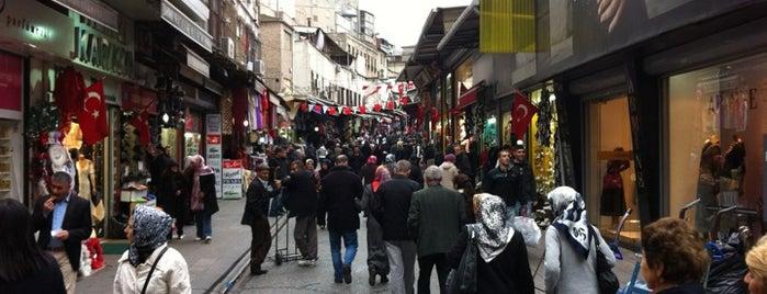 Mahmutpaşa is one of İstanbul'un Semtleri.