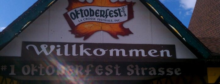 Southside Oktoberfest Grounds is one of Lugares favoritos de Rob.
