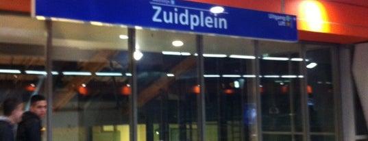 Metrostation Zuidplein is one of Orte, die Kevin gefallen.