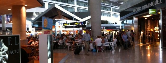 Аэропорт Малага — Коста-дель-Соль (AGP) is one of Airports in SPAIN.