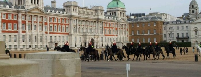 Horse Guards Parade is one of London Cultural.