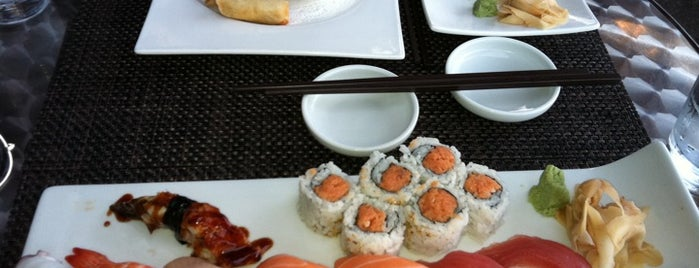 Hot Woks Cool Sushi is one of Alex's Picks for Chicgao.