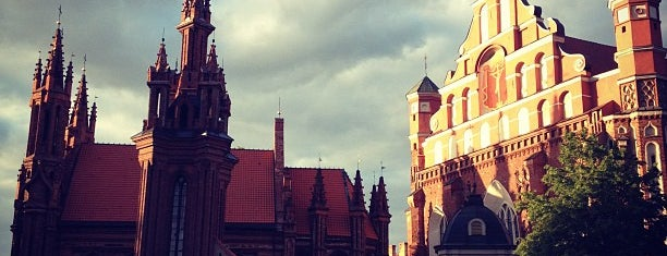 Šv. Onos bažnyčia | St. Anne's Church is one of Vilnius: student edition.
