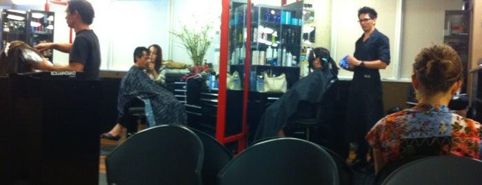Salon 808 is one of Tempat yang Disukai Aya.