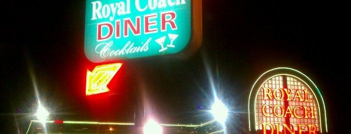 Royal Coach Diner is one of Locais curtidos por Jen.