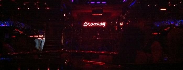 Broadway Nightclub is one of İzmir'deki Gece Kulüpleri.