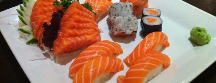 Sushi Temakeria Doo Doo is one of Tempat yang Disukai Elba.