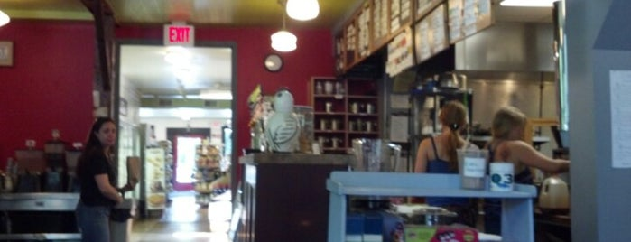 Cushman Market & Cafe is one of Mass.
