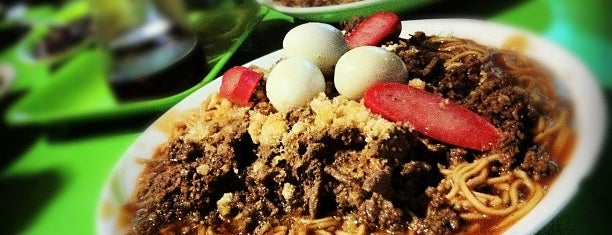 D' Kambal's Panciteria is one of Foodspotting Tuguegarao.