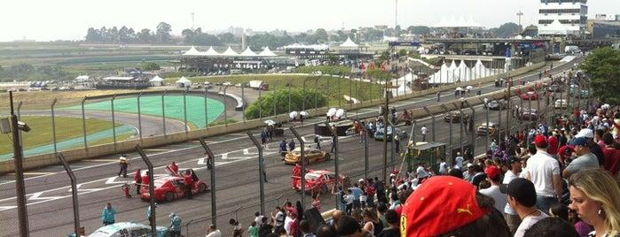 Autódromo José Carlos Pace (Interlagos) is one of 100+ Programas Imperdíveis em São Paulo.