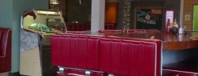 7 Hotel Diner is one of Gespeicherte Orte von Paul G.