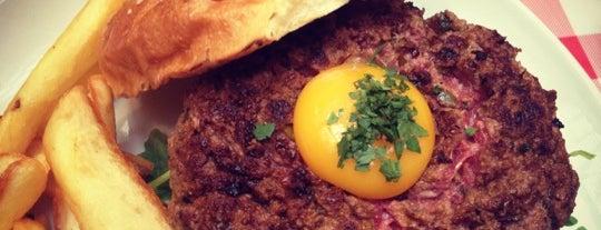 Schwartz's Deli is one of Burgerology parisienne.