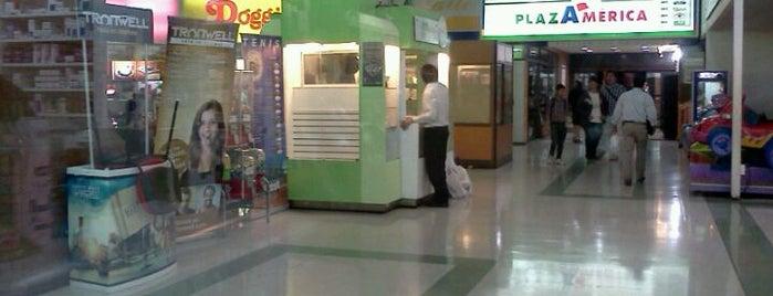 Mall Plaza América is one of Posti che sono piaciuti a Marcelo.