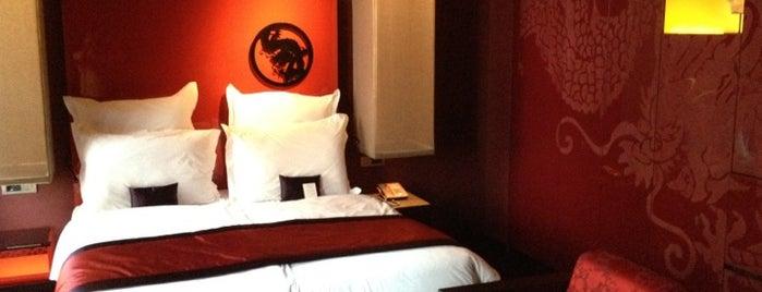 Buddha-Bar Hotel Budapest Klotild Palace is one of Todos Budapest.