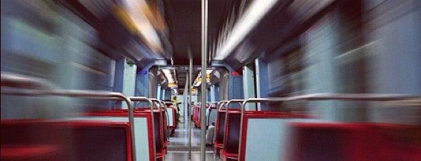 Metro Cais do Sodré [VD] is one of Tempat yang Disukai Geraldine  🤡😻😆💋👋.