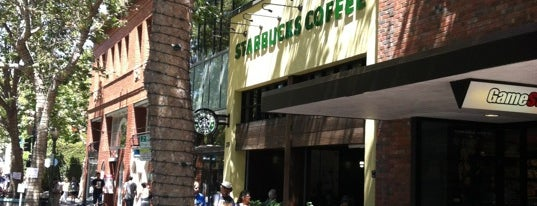 Starbucks is one of High Pole in Palo Alto.