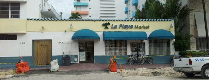 La Playa Market is one of Buy Beer.