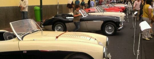 Reid's Palace Classic Auto Show is one of Yearly Events in Madeira.