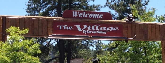 The Village at Big Bear is one of Lieux qui ont plu à Todd.