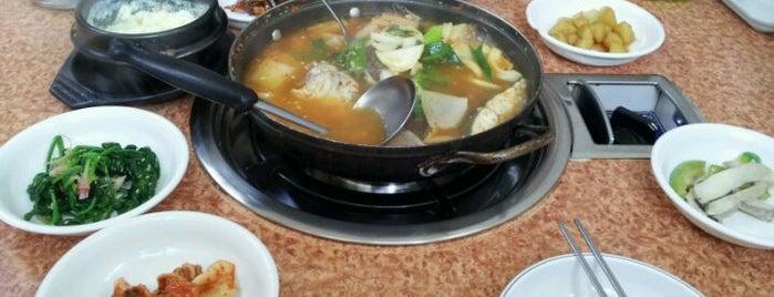 무안산낙지 is one of Seafood.