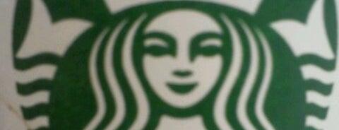 Starbucks is one of Alguns lugares que eu adoro.